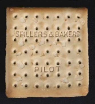 全球最珍贵饼干拍出1.5万英镑 来自泰坦尼克号救生包